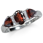 1.71ct. Natural Garnet & White Top...